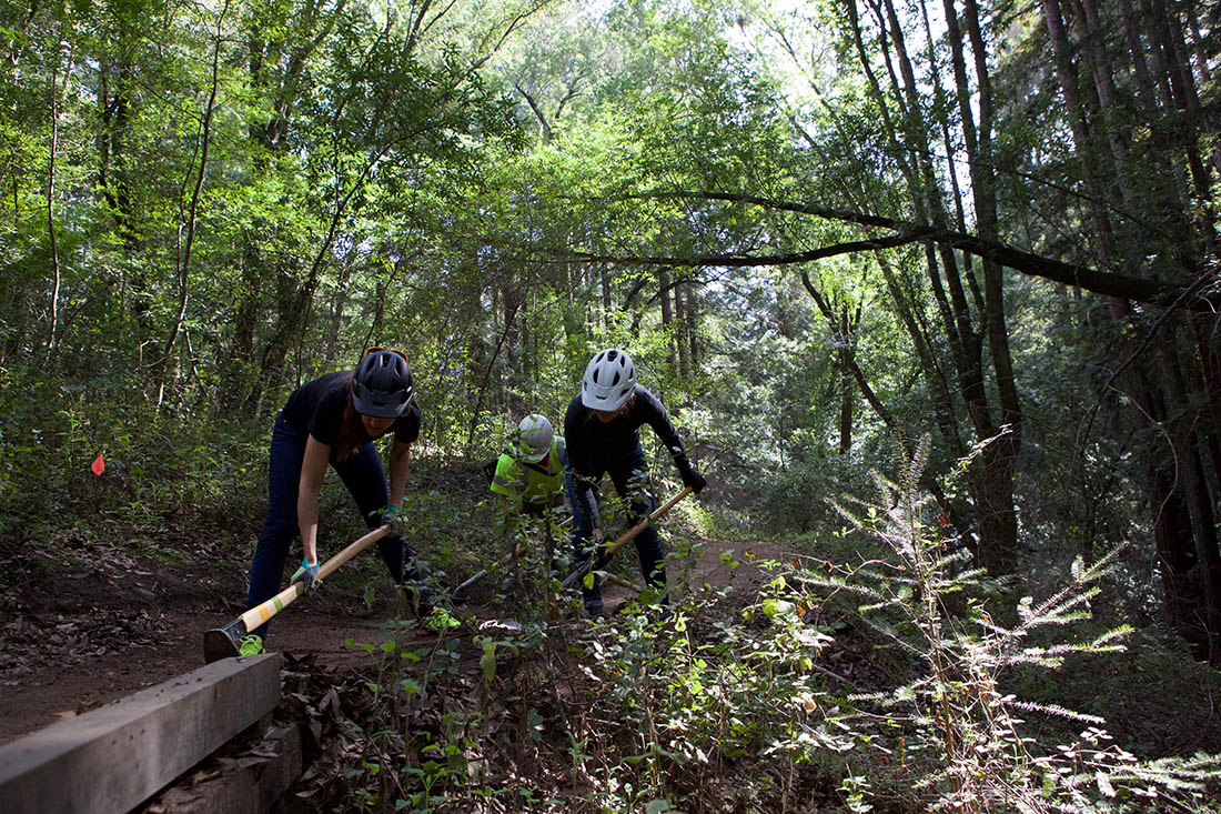 Juliana Bicycles - Working on Trail Drainage During a Dig Day in Santa Cruz
