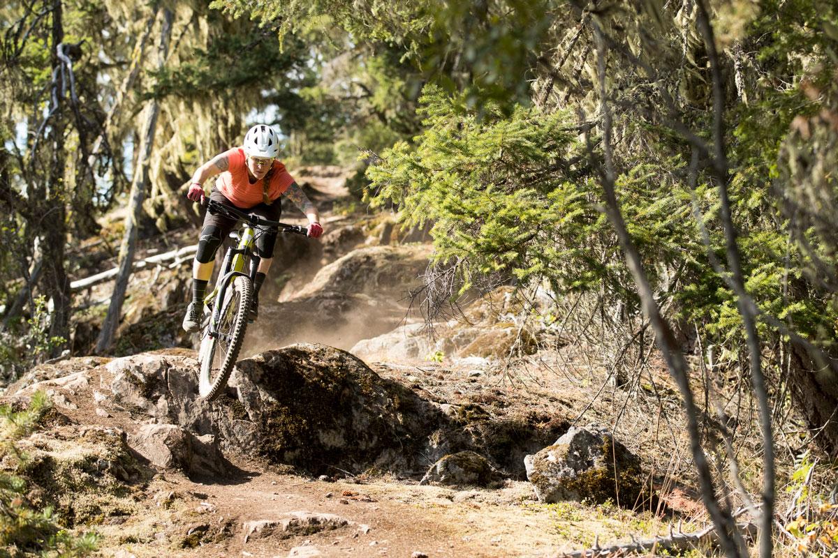 Juliana Bicycles - Juliana-SRAM team athlete Sarah Lesihman