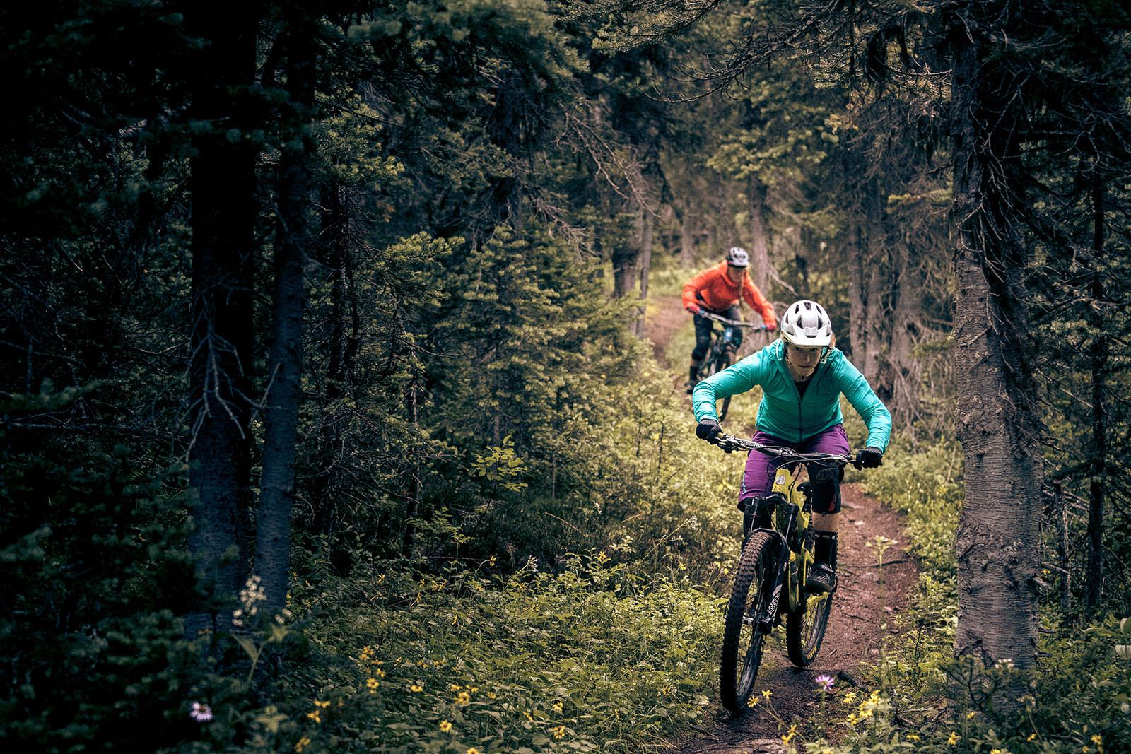 Juliana Bicycles - Sarah and Britt Phelan in Smithers, BC